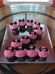 minnie mouse cupcakes minnie mouse cupcake cake minnie mouse cupcakes