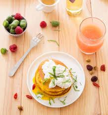 cuisine potimarron pancakes au potimarron oeufs pochés et huile aux cèpes les