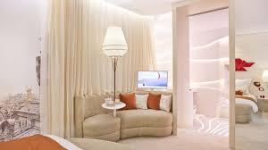 chambre d hote handicapé senses room une chambre d hôtel chic et adaptée aux handicapés