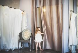 essayage robe de mari e l essayage de robe de mariée with a like that