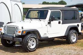jeep wrangler or jeep wrangler unlimited pros cons of jeep wrangler unlimiteds a review the jeep guide