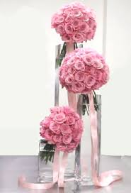 Tall Metal Vases For Wedding Centerpieces by Tall Wedding Centerpieces Staggered Hand Tied Bouquets