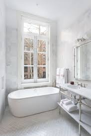 Bathroom Design Nyc by Best 20 Classic Bathroom Ideas On Pinterest Tiled Bathrooms