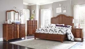 Victors Furniture Astoria by Broyhill Furniture Creswell Queen Bedroom Group Ahfa Bedroom