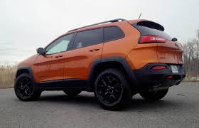 jeep cherokee 2015 price suv review 2015 jeep cherokee trailhawk v6 driving