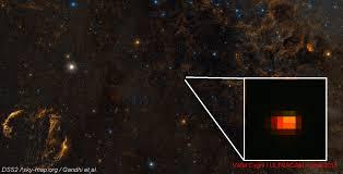 galaxy car gif astronomers capture v404 cygni black hole u0027bright red flashes u0027 in
