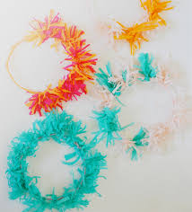 Christmas Crepe Paper Decorations by Making Christmas Decorations With Crepe Paper Stitchlily Paper