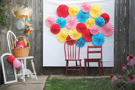 photo backdrop ideas 25 diy photo booth ideas for your next shindig diy projects
