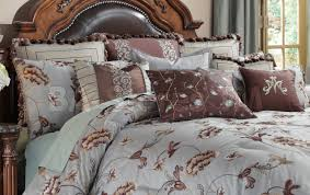 Michael Amini Bedding Clearance Bedding