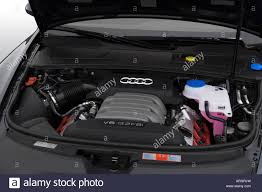 2007 Audi Avant 2007 Audi A6 Avant 3 2 Quattro In Gray Engine Stock Photo