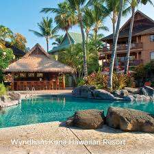 poolside looks so good from wyndham kona hawaiian resort in kailua