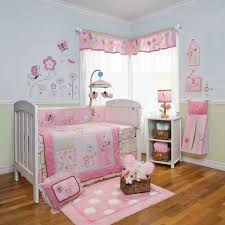peinture chambre bebe chambre enfant peinture chambre bébé couleurs pastel murs bleu