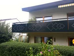 balkon lochblech lochbleche als geländerfüllung für geländer balkongeländer