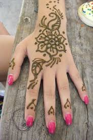 chicago face painting balloons glitter tattoos henna