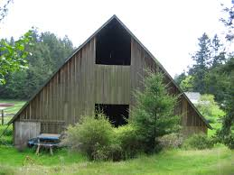 What Is A Saltbox House Roof Type Historic Barns Of The San Juan Islands