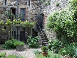 learn about medieval herb gardens