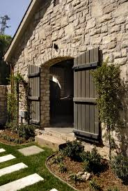 47 best texas hill country design images on pinterest texas hill maybe you like more of a barn exterior look with eldorado stone austin cream limestone with custom fieldledge facade