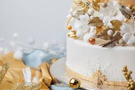 Cake Decorating Magazine Issues Winter Gold Wedding Cake From Cakecentral Magazine Vol 3 Issue 11