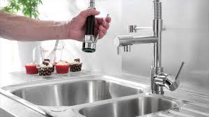 remplacer robinet cuisine mitigeur de cuisine avec douchette kc311
