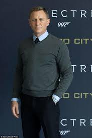 james bond film when is it out daniel craig leaves james bond bosses panicking after going off