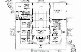 courtyard style house plans u shaped house plans with pool in middle mediterranean house plans