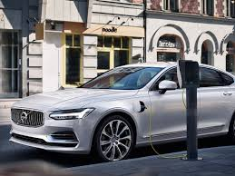 volvo pictures volvo u0027s all out assault on tesla u0027s turf is as much about its