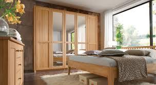 Schlafzimmerschrank Einbauschrank Kleiderschränke Aus Buche Und Kernbuche Bei Betten De Kaufen