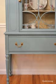 Diy Cabinet Makeover With Glaze by Before U0026 After My Thrifted China Cabinet Makeover