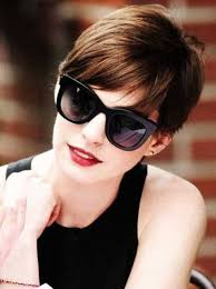 demi moore haircut in ghost the movie memorable pixie cuts from hollywood and fashion