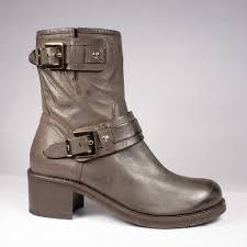 s zip boots s zip up winter boots mount mercy