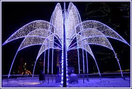 christmas lights in niagara falls ontario christmas in canada 5 niagara falls ontario canadian living