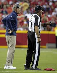 Red Flag Football Seahawks Struggle On Offense Again Fall To Chiefs 14 13 In