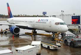 file delta air lines boeing 757 212 n750at msp 12 10 2011 624al