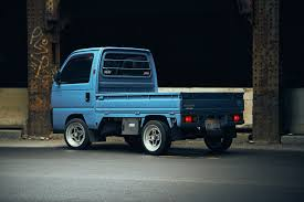 suzuki mini truck this honda acty kei truck is loved by a jeep designer in detroit