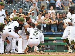 Arizona travel pirates images Polanco stewart injuries sully pirates 39 4 3 walk off win over jpg