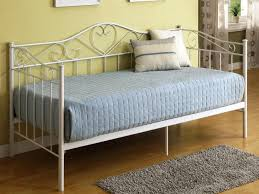 White Metal Daybed With Trundle White Metal Frame Daybed With Trundle Home Designs Insight
