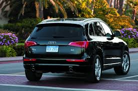 Audi Q5 Suv - 2010 audi q5 information and photos zombiedrive