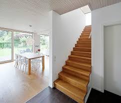 design holzhã user chestha haustür treppe design