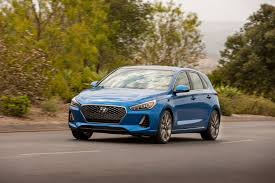 first drive 2018 hyundai elantra gt sport review leftlanenews