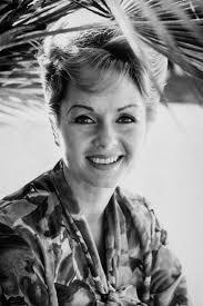 Debbie Reynolds by Debbie Reynolds Legend Of Stage And Screen Dead At 84 Vanity Fair