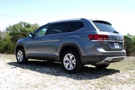 volkswagen atlas black wheels first drive the 2018 vw atlas is all over the mainstream suv map