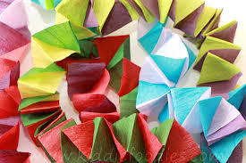 christmas crafts for kids crepe paper christmas tree chain garland