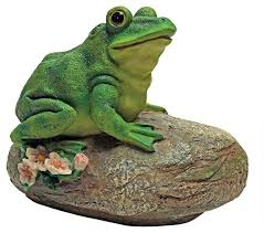 frog garden rock sitting toad statue traditional garden