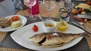 la cuisine de la mer le jardin des délices in saintes maries de la mer restaurant