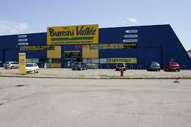 bureau vallée locaux commerciaux à louer