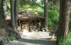 underground tiny house tiny 80 sq ft underground house in the woods of orgeon super cute