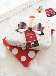 christmas tartan free printable gift tags and bows chicfetti