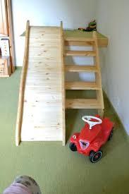 rutsche kinderzimmer kinderzimmer rutsche holz zweite ebene im bauen und platz schaffen
