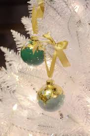 diy gold leaf holiday christmas tree ornaments