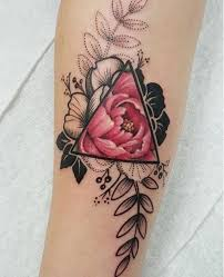 de tatuajes de rosas 99 tatuajes de rosas diseños para mujer tatuajes para mujeres